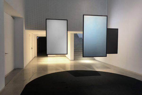 Exhibition watt is art Lausanne Solaxess
