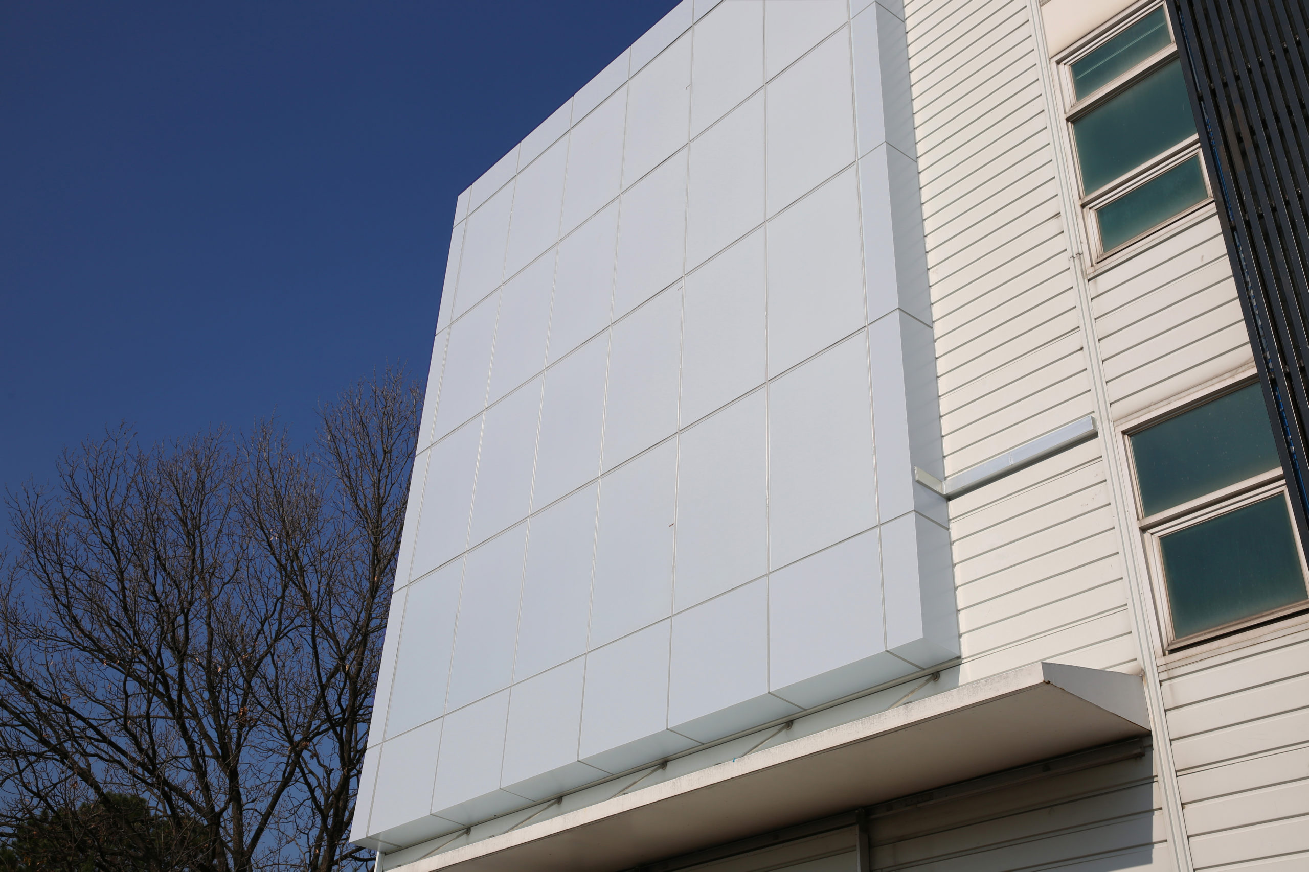 Kolon white pv panels Solaxess